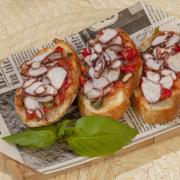 Bruschetta with octopus