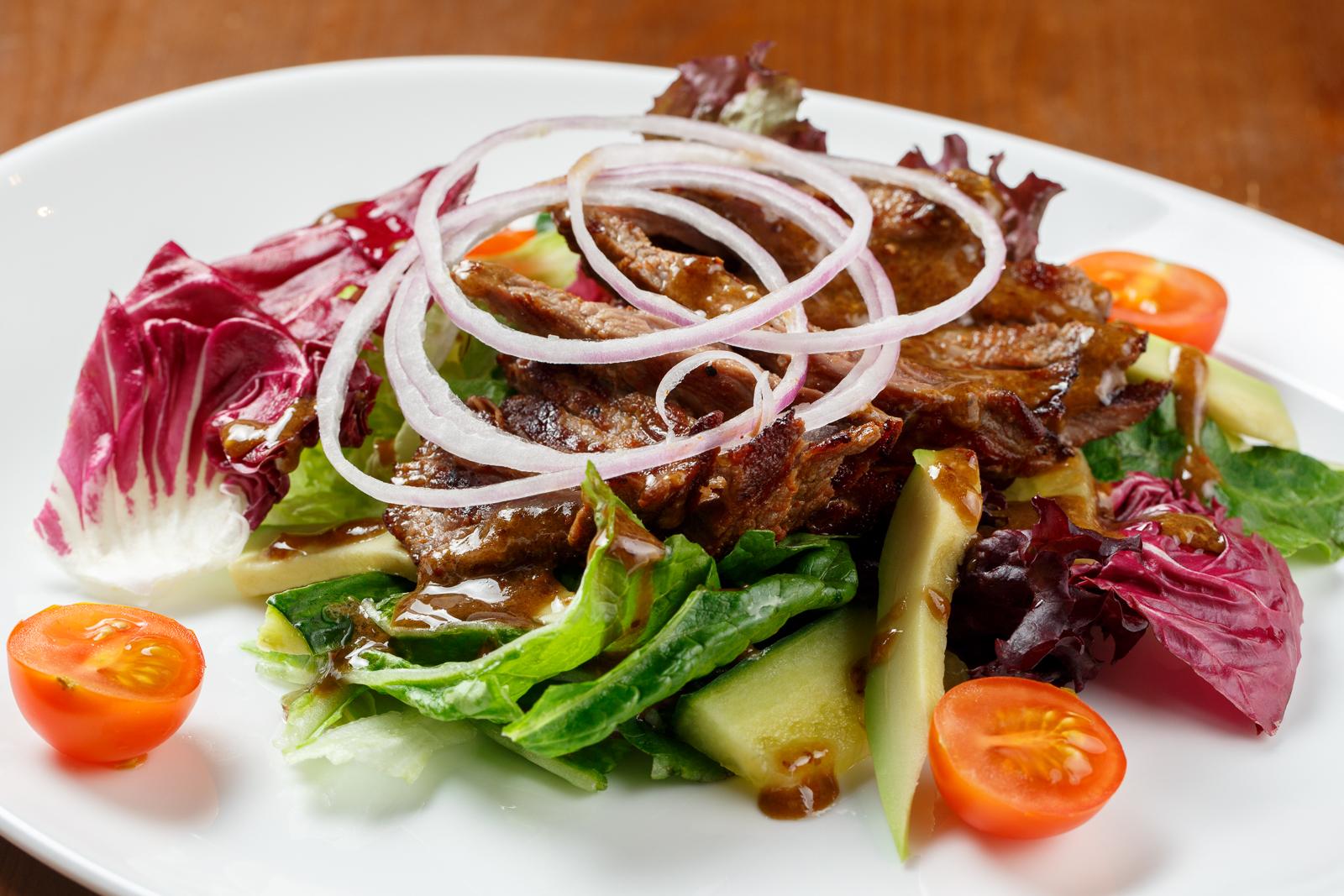 Ensalada de steak Habanera